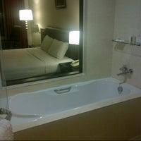 Photo taken at Kinta Riverfront Hotel & Suites by Zack Z. on 11/25/2012