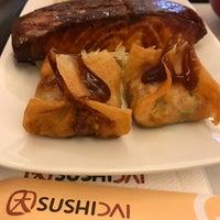 Foto tirada no(a) Sushi Dai por Ricardo S. em 3/21/2017