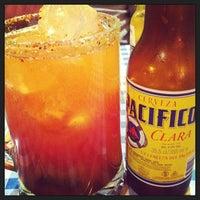 Foto tomada en Tacos Chapultepec por Laura C. el 2/19/2013