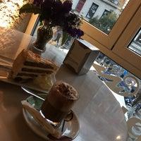 Foto tomada en Priorité Art Coffee Shop por Anton C. el 3/3/2018