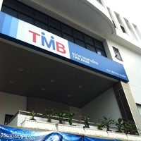 Photo taken at ธนาคารทหารไทย (TMB) by ยอดมนุษย์ ปุ๊ดซีแลนด์ on 9/20/2013