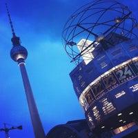 Das Foto wurde bei Berliner Fernsehturm von Thais A. am 5/29/2013 aufgenommen