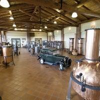 Foto scattata a Distilleria Berta da Distilleria Berta il 6/16/2015