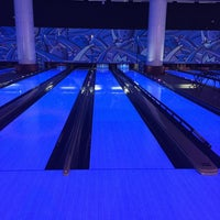 Photo taken at Yalla Bowling Lanes by Closed ⛔️ on 2/27/2015