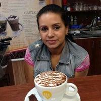 Foto diambil di Café Capítulo I oleh Café Capítulo l pada 11/21/2013