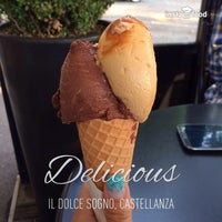 Photo taken at Il Dolce Sogno by Miaobaucip C. on 7/25/2014