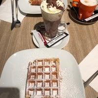 Foto tomada en Georges Tea & Lunch por Remco T. el 12/29/2017
