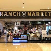 Снимок сделан в 99 Ranch Market пользователем Shaidatul N. 4/16/2018