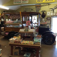 Photo taken at Wintons Island Candy Shop by Mila F. on 3/25/2015