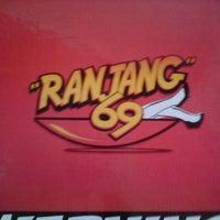 Photo taken at Ranjang 69 (Ramen Jangar) by Rini M. on 8/13/2013