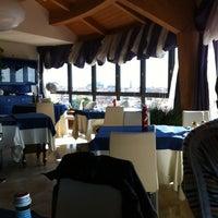 3/7/2014 tarihinde Silvie S.ziyaretçi tarafından Laguna Sky Restaurant'de çekilen fotoğraf