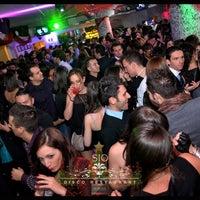Foto scattata a Sio Cafe da Sio Cafe il 11/23/2013