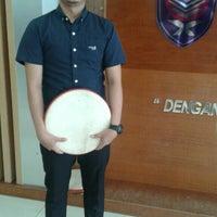 Photo taken at Dewan Tunku Mahkota Ismail (DTMI) , UTHM by Muhamad F. on 5/16/2016