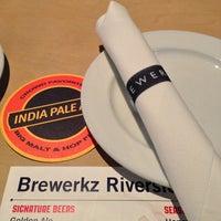 Photo taken at Brewerkz Restaurant & Microbrewery by Ann S. on 3/15/2013