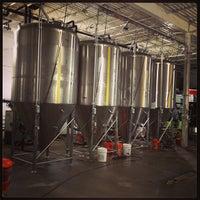 4/13/2013にRodrigo A.がHalf Full Breweryで撮った写真