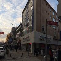 Photo taken at Çetmen mağazası Ümraniye Çarşı Şubesi by Hilmi E. on 1/27/2017