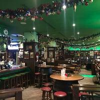 Das Foto wurde bei Shamrock Irish Pub von Oksana G. am 12/25/2016 aufgenommen