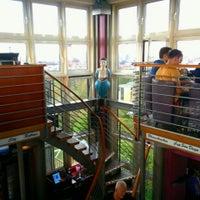 Das Foto wurde bei Tower Bar von Oksana G. am 5/8/2015 aufgenommen