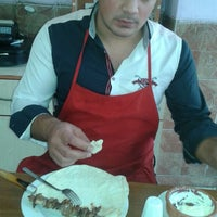 Photo taken at Erzurumun kuzu çağ kebabi by 🚑💉💉💉💉emrah on 12/13/2014