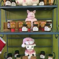 Photo taken at Heavenly Ham Lexington by Greg T. on 12/21/2015