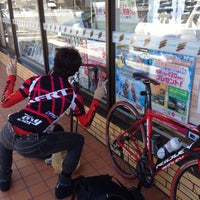 Photo taken at 7-Eleven by Masashi Y. on 3/27/2015
