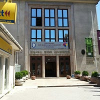 5/25/2013 tarihinde Mehmet A.ziyaretçi tarafından Makina Fakültesi'de çekilen fotoğraf