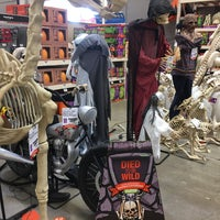 Photo taken at The Home Depot by Michael Walsh A. on 10/19/2017