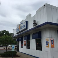 Photo taken at White Castle by Michael Walsh A. on 5/23/2017