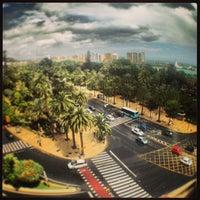 Foto diambil di Plaza de la Marina oleh CONDE pada 5/17/2013