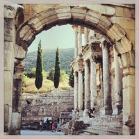 7/22/2013 tarihinde CONDEziyaretçi tarafından Efes'de çekilen fotoğraf