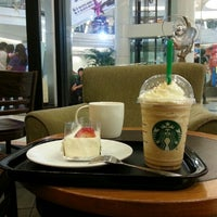 Photo taken at Starbucks by Prasong H. on 11/24/2012