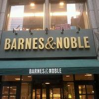 Foto scattata a Barnes & Noble Corporate Offices da Silvia P. il 3/3/2013