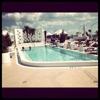 Photo taken at Highbar - Pool·Bar·Sky by natasha a. on 10/28/2012