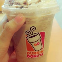 Photo taken at Dunkin' Donuts by Misoo__ on 7/19/2015
