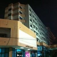 Photo taken at Graduate School Ramkhamhaeng University by 🙇อาณาจักร โ. on 10/12/2012