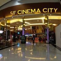 Photo taken at SF Cinema City by 🙇อาณาจักร โ. on 1/9/2013