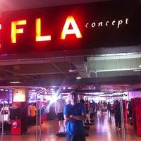 Foto tirada no(a) Fla Boutique por Ítalo C. em 12/31/2012