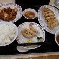 Photo taken at 餃子の王将 伊勢崎店 by reremon on 4/7/2015