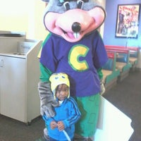 Photo taken at Chuck E. Cheese's by Krystle E. on 2/6/2013