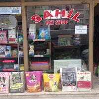 Photo taken at Sahil Pet Shop by Fatih İ. on 9/1/2014
