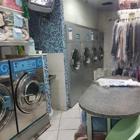 Photo taken at Fast Clean by Marcelo F. on 12/12/2017