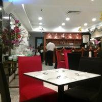 Photo taken at Kafetaria Hotel Sentral Melaka by Neddy N. on 12/19/2013
