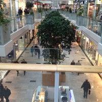 12/14/2013에 Dmitriy O.님이 Aupark Shopping Center에서 찍은 사진