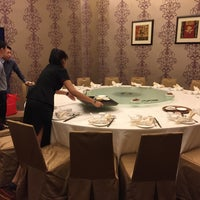 Photo taken at Oriental Pavilion Restaurant by Hui Thing L. on 10/4/2017