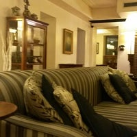Photo taken at Hotel Relais 6 by Chang Hyun N. on 3/18/2014