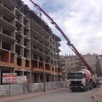 Photo taken at ülker hazır beton gayrimenkul sultansaray şantiyesi by Nevruz A. on 4/17/2014