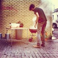 Снимок сделан в Мотокафе «Энтузиаст» пользователем Kirill N. 7/27/2013