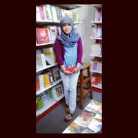 Photo taken at Togamas Bookstore by Annoura H. on 3/14/2014