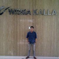 Photo taken at Wisma Kalla by Rava R. on 1/29/2014