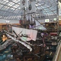 Photo taken at West Edmonton Mall by ▶️@SLI◀️ F. on 7/14/2017